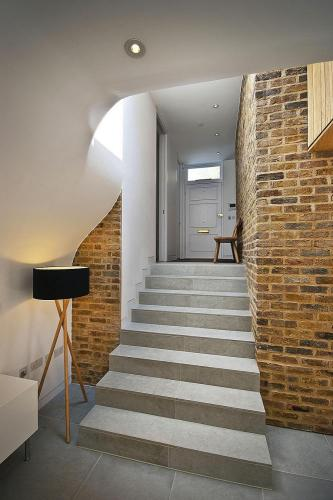 exposed-brick-walls